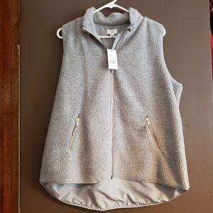 Crown & Ivy Fleece Vest - XL NWT
